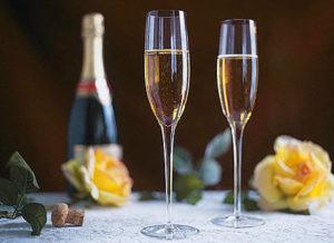 1326402472_champagne2_b